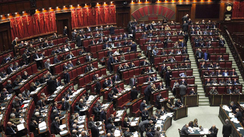 Besostri nella riforma c un cavillo che blinda i for Vitalizi dei parlamentari