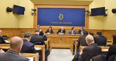Un Patto per l'Italia nell'Unione europea Decalogo per un'Europa unita, solidale e democratica